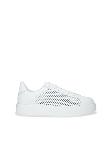 Divarese Divarese 5025141 Delik Dokulu Yüksek Nlı Kadın Sneaker Beyaz